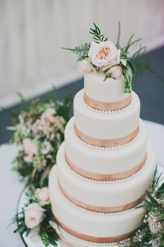 rose gold and cream wedding cake gold wedding inspiration 19267