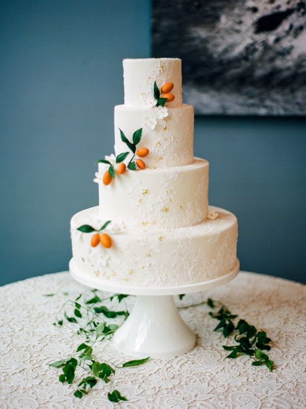 Orange Wedding Inspiration, Cake, Wedding Planner Bright Occasions, Photo by Connie Whitlock