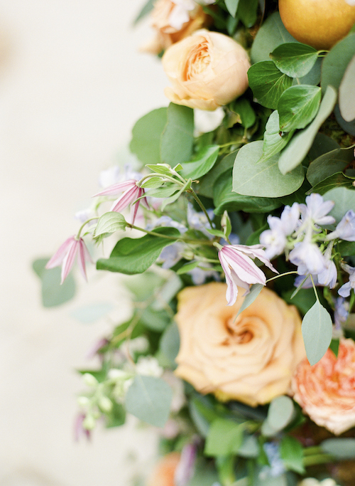 Orange Wedding Details, Orange Roses, Wedding Planner Bright Occasions, Photo by Lisa Blume Photography